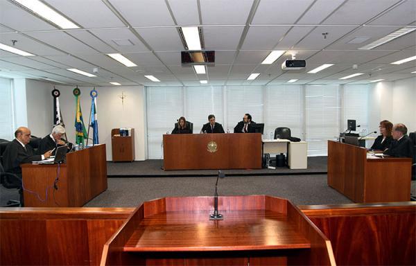Justiça suspende pagamento precatórios do Fundef