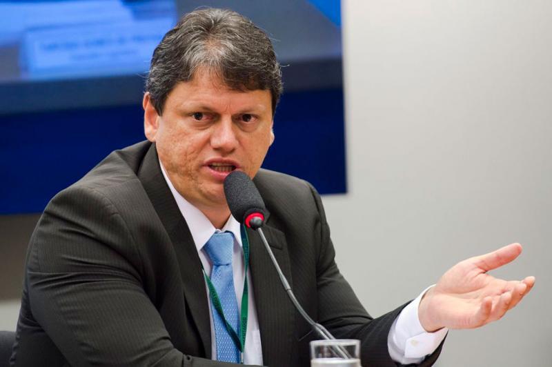 Tarcísio Gomes é anunciado como ministro da Infraestrutura