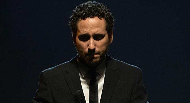 Leonardo Gonçalves anuncia retorno a música gospel