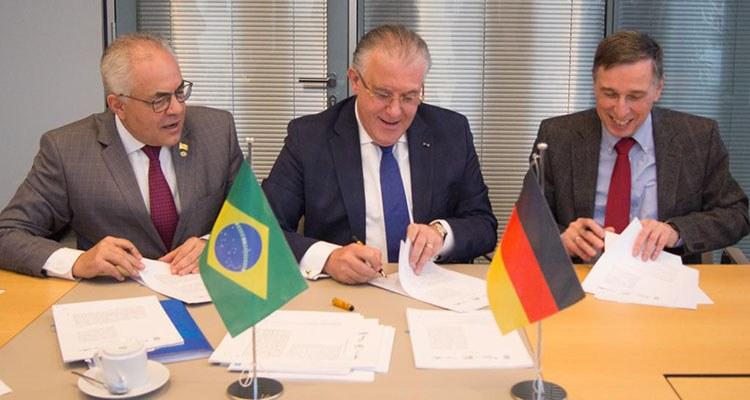 INSS firma convênio com a Alemanha na área de segurança e saúde no trabalho