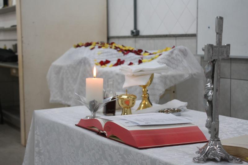 Departamento da UFPI homenageia cadáver desconhecido