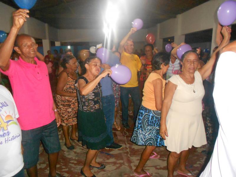 Idosos vêm tendo noites com muitas diversões em São Gonçalo do Piauí