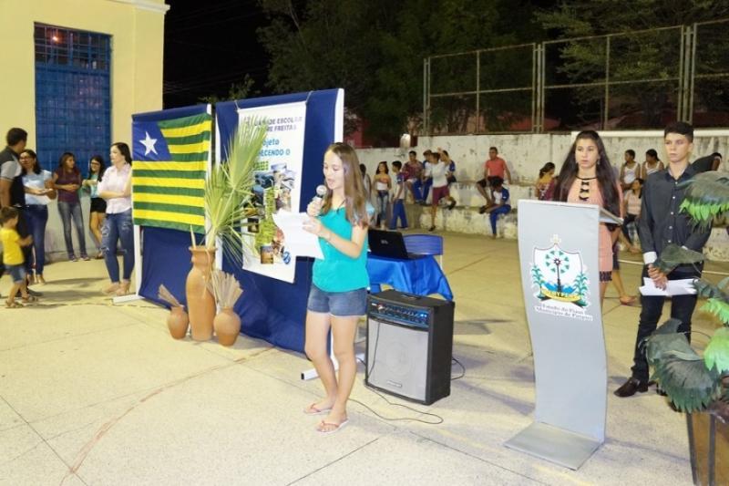 Escola Municipal de Piripiri realiza projeto