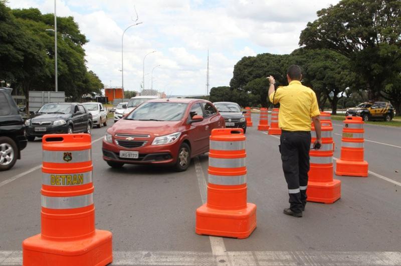 Fiscalização de trânsito poderá ser incluída entre atividades perigosas na CLT