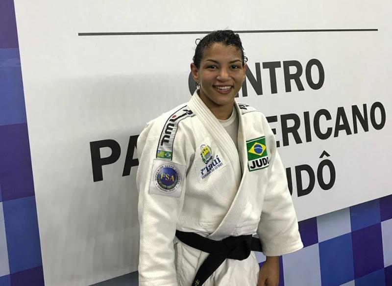 Piauiense Sarah Menezes é ouro no Brasileiro Sênior