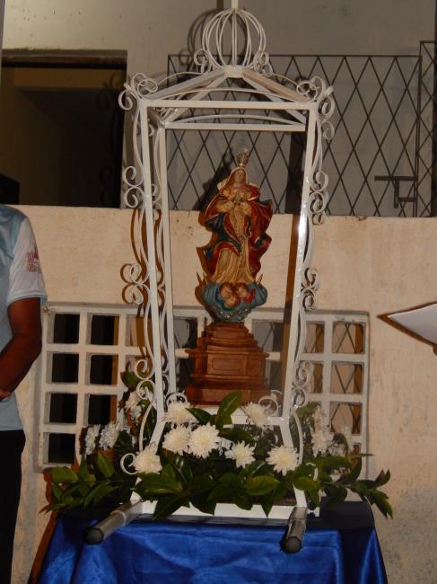 Procissão marca a abertura dos Festejos da Comunidade Caraíbas II