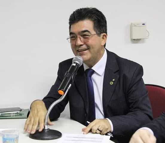Aprovado projeto do deputado Limma que altera o horário da posse de W. Dias