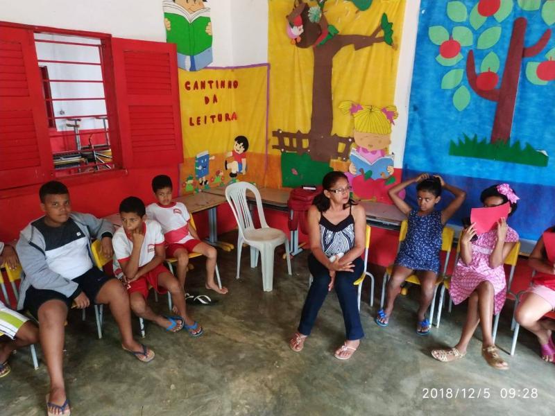 Escola Padre Anchieta de Colônia encerra ano letivo com confraternização