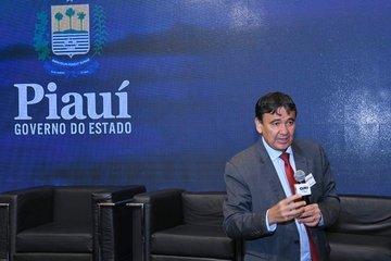 Governador apresenta projeto de energia solar a investidores