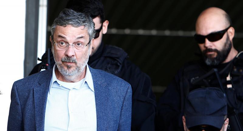 Palocci diz que filho de Lula recebeu propina durante negociação de MP
