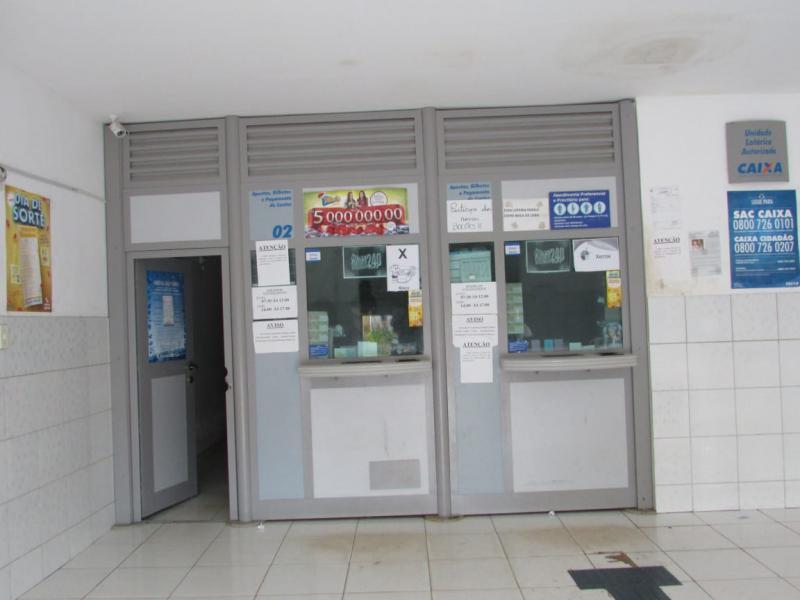 Bandidos rendem funcionária e roubam dinheiro de lotérica em Lagoinha do PI