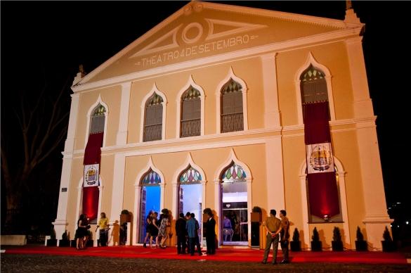 Teatro 4 de Setembro pode ser transformado em Centro Cultural