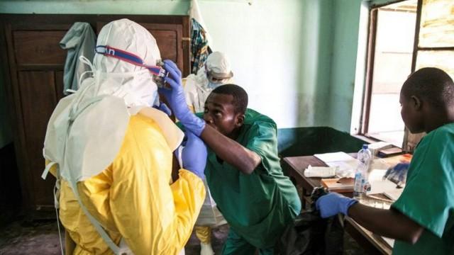 Surto de ebola no Congo mata 280 pessoas