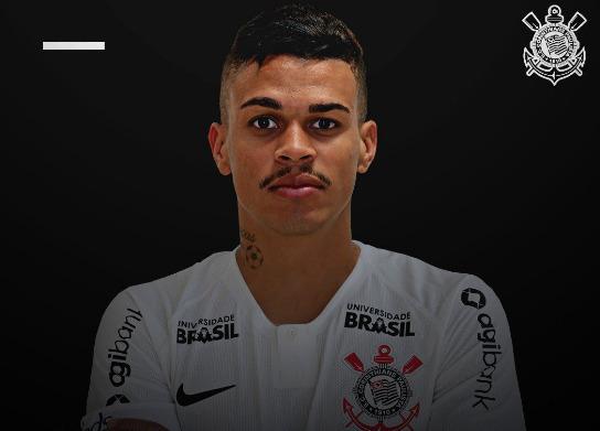 Corinthians anuncia a contratação de Richard, volante do Fluminense