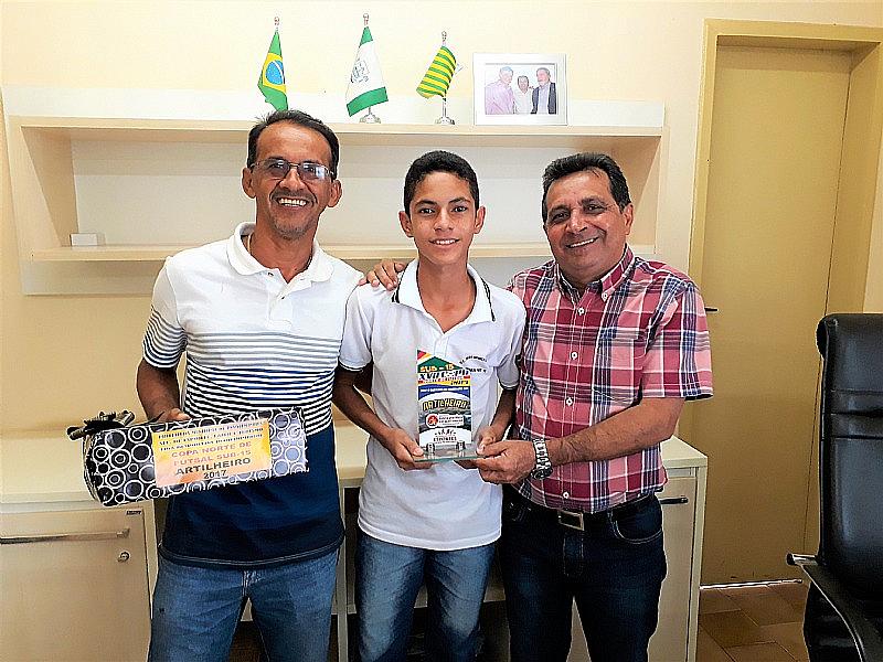 Garoto destaque da Copa Norte de Futsal Sub-15 passa em peneira de Futebol