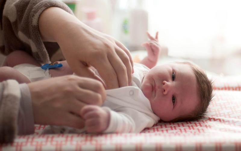 Número de nascimentos no Brasil cai pela 1ª vez, diz IBGE