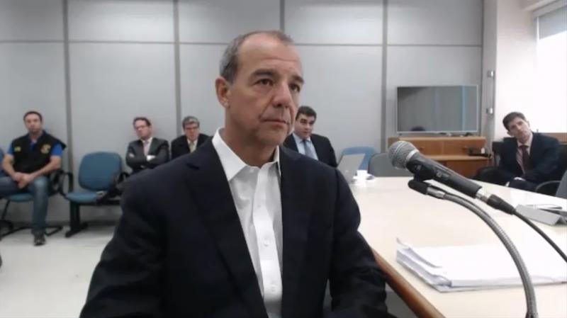 'Gemidão do WhatsApp' interrompe audiência de Sérgio Cabral no RJ; vídeo