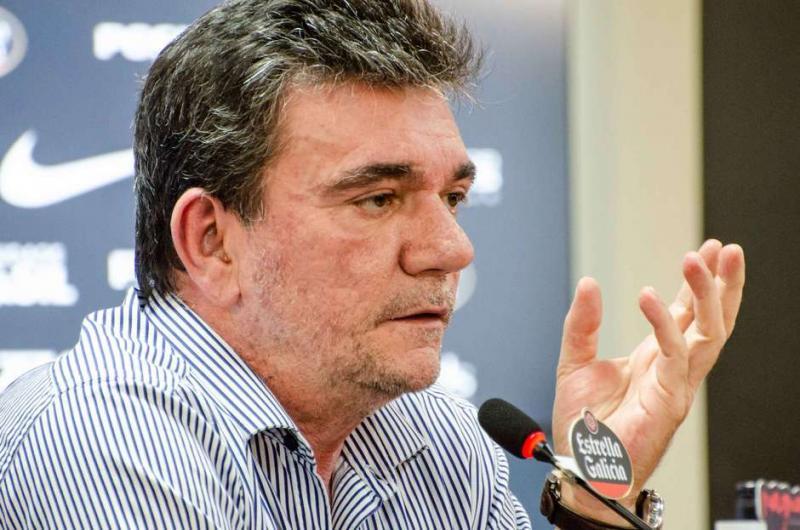 Corinthians: técnico Carille recusou dinheiro para voltar