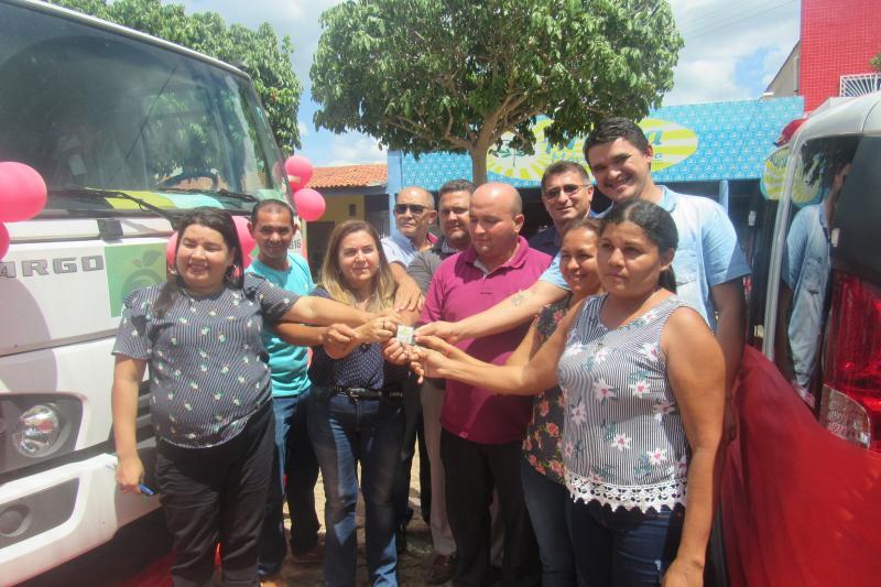 São João do Arraial recebe veículos e equipamentos no aniversário da Cidade