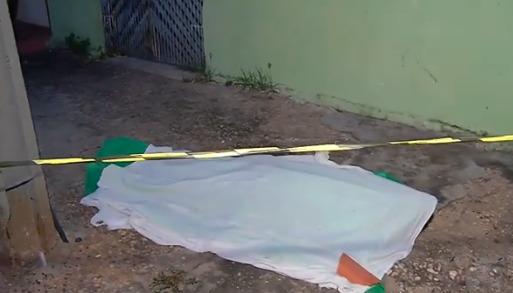 Homem morre eletrocutado ao fazer ligação clandestina em poste