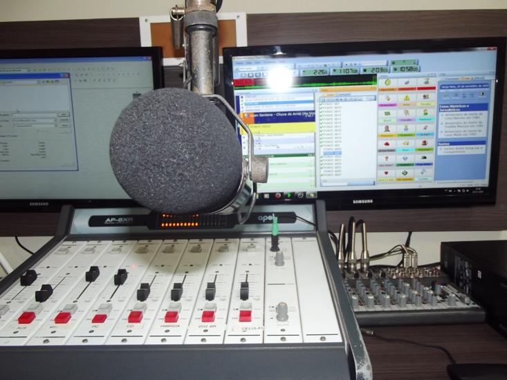 Rádio FM Cidade fará 'Pit Stop' promocional neste sábado (15)