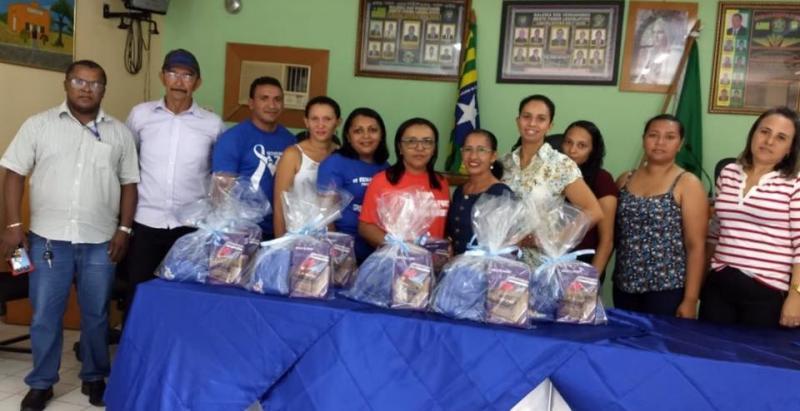 Prefeitura de Pau D'arco realiza entrega de tablets para SMS