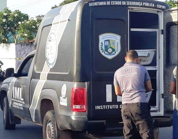 Homem é encontrado morto em via pública no litoral do Piauí