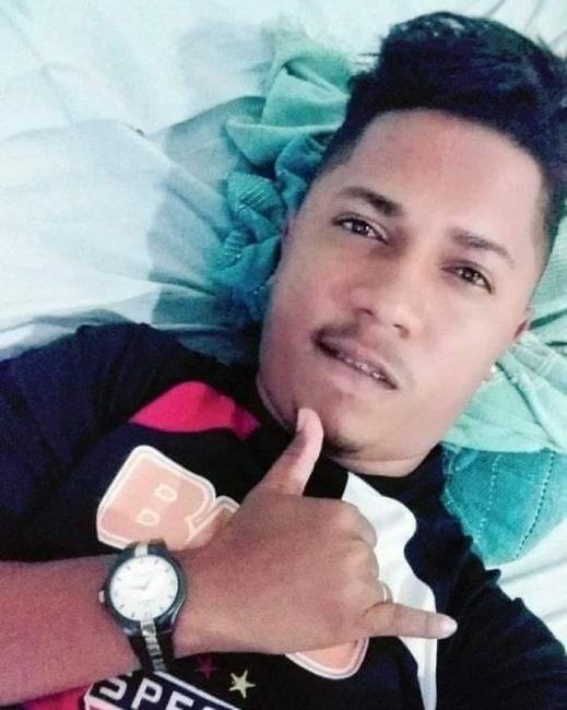 Jovem baleado na cabeça após tentativa de assalto morre no HUT