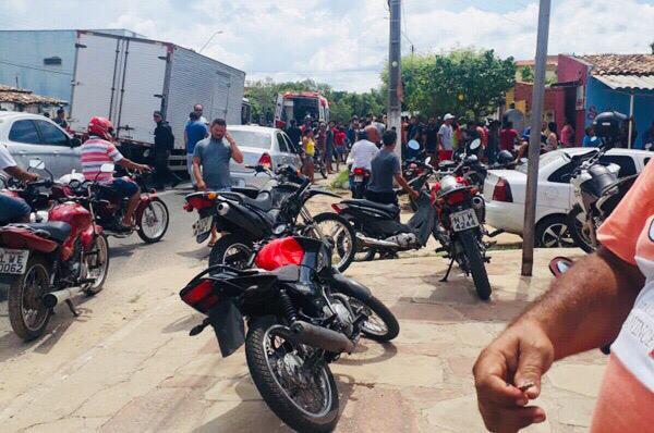 Criminosos fazem família de ex-vereador refém no interior do Piauí