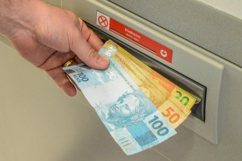 Governo do PI inicia pagamento da 2ª parcela do 13º nesta terça