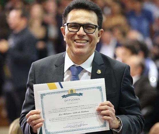 Zé Santana é diplomado como deputado estadual