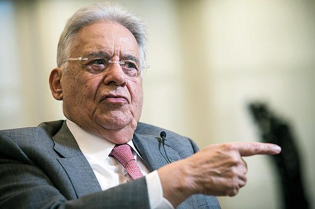 FHC afirma ter votado nulo para presidente no 2º turno