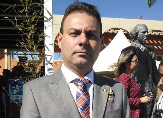 Vereador Jeová Alencar é reeleito presidente da câmara de Teresina