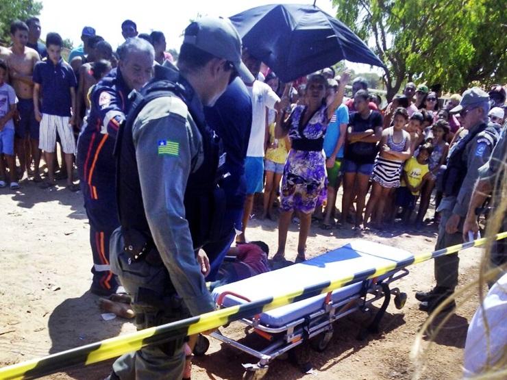 Jovem morre e outro fica ferido após serem baleados em Parnaíba