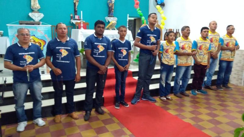 Homens realizam Terço da Unidade na paróquia São José em Campo Largo-PI