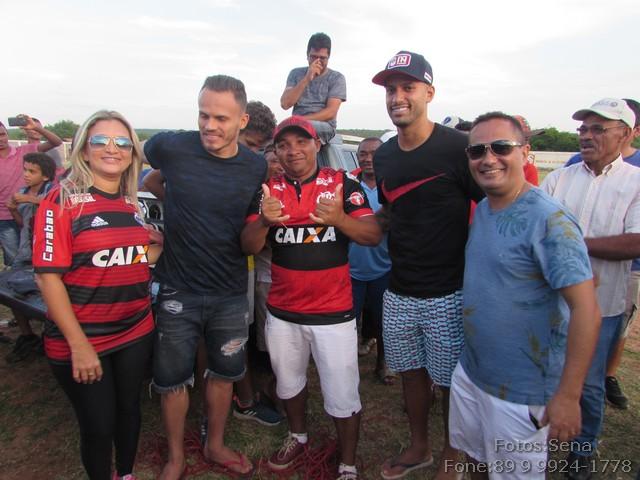 Corintiano ganhou camisa do Flamengo no sorteio