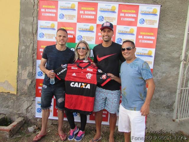 Dr Genival Leninha Renê e Rômulo fizeram ação social em Itaueira