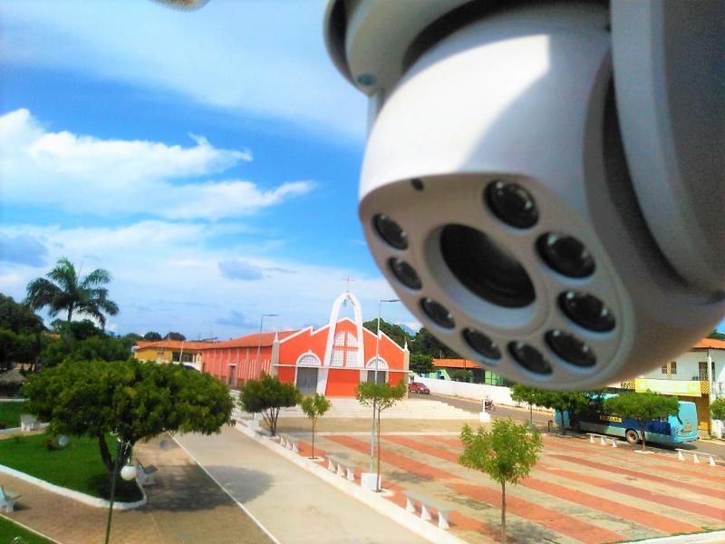 Prefeitura instala câmeras de monitoramento em vias públicas