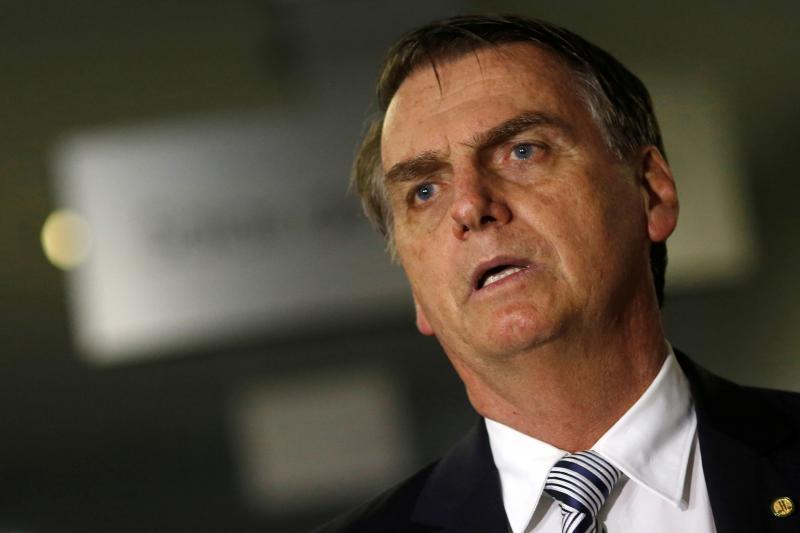 Bolsonaro desmente declarações de futuro ministro
