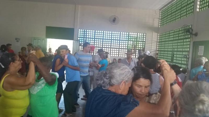 Confraternização dos idosos da SEMAS de Demerval Lobão