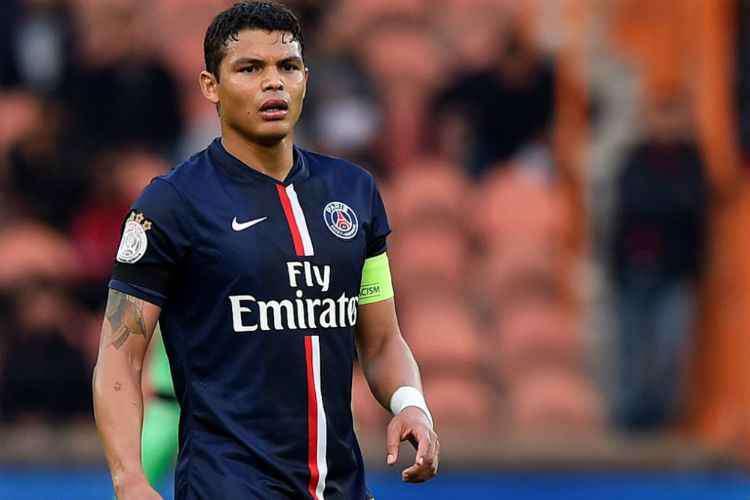 Thiago Silva tem casa roubada em Paris durante jogo do PSG