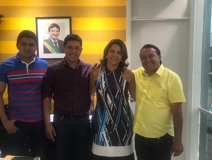 Prefeito Alcides se reúne com deputada Janaínna Marques para tratar de obras em Curralinhos