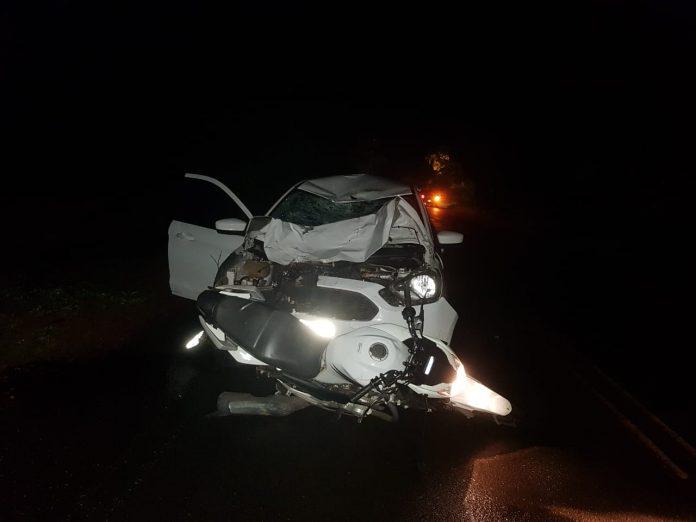 Colisão entre carro e moto deixa dois mortos na PI-112 e166186a85ad8