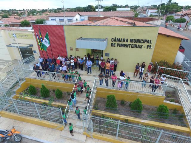 Vereadores de Pimenteiras aprovam projeto que dá nome complexo esportivo