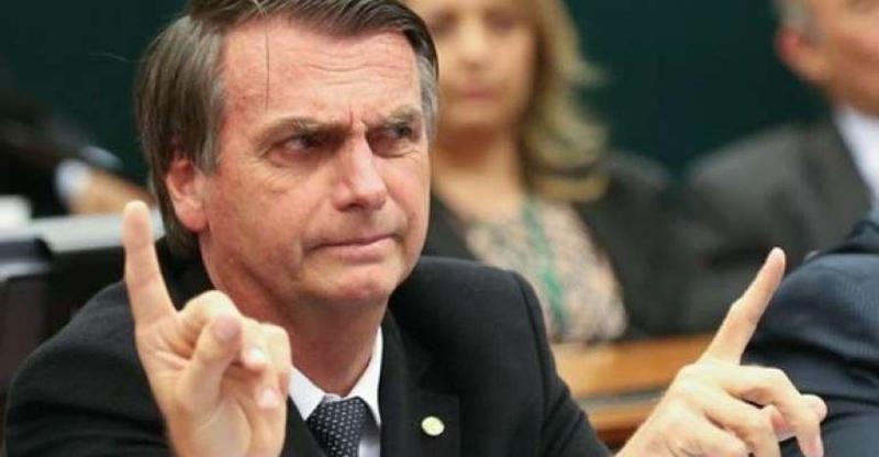 Bolsonaro diz que fará 'rígido controle' de concessões da Lei Rouanet