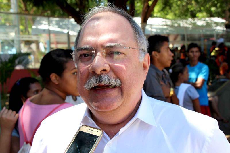 Ex-deputado Osmar Júnior nega que foi convidado para assumir secretaria