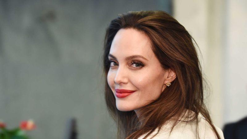Atriz americana Angelina Jolie cogita entrar para a política