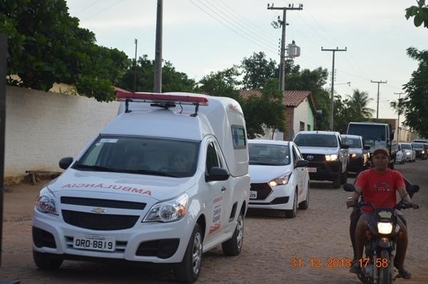 Prefeita Doquinha entrega ambulância nova para Aliança do Gurgueia