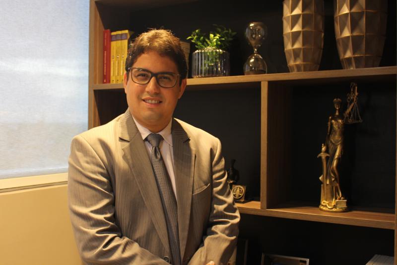 Confira entrevista com Dr. Carlos Jr.,  presidente da OAB de Barras
