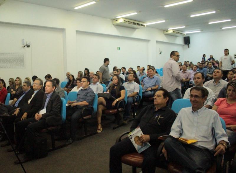 Prefeitos piauienses vão à Brasília para audiência com Michel Temer